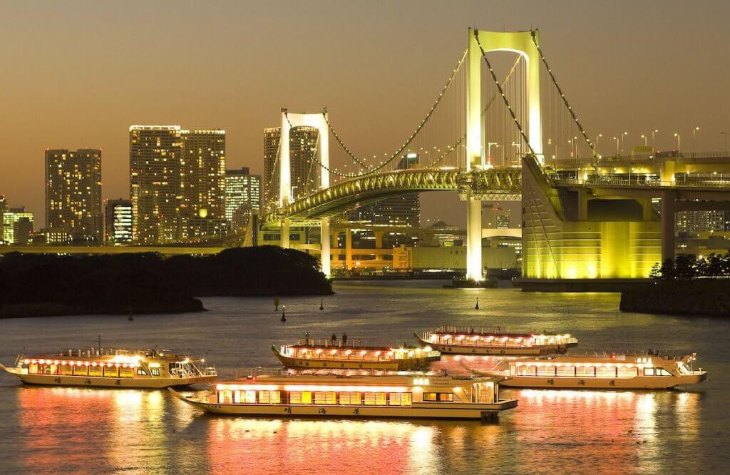 屋形船「晴海屋」と夜景